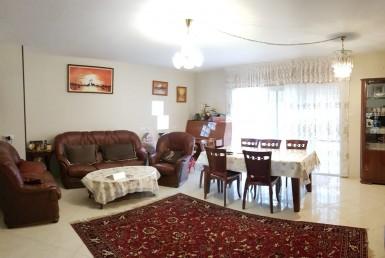 למכירה בכרמיאל ברח' איה דו משפחתי 6 חדרים