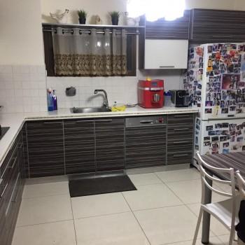 למכירה בכרמיאל ברח' מירון דו משפחתי 5 חדרים