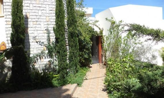 , למכירה בכרמיאל ברח' רותם בית פרטי 7.5 חדרים
