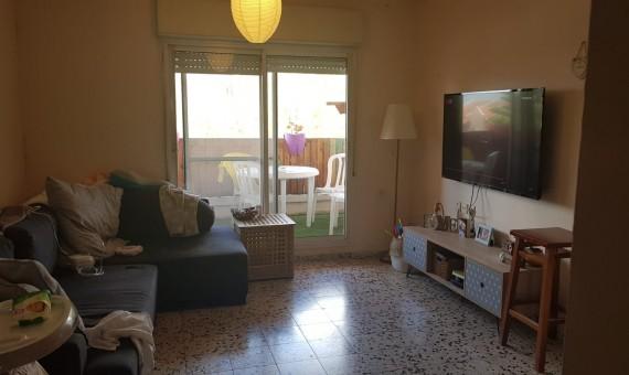 , למכירה בכרמיאל ברח' עינב דירת 2.5 חד'