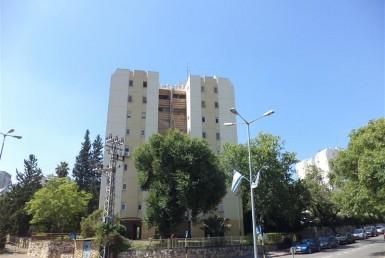 דירה למכירה בכרמיאל ברח' השושנים